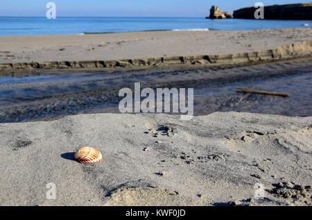 Plage de Torre dell' Orso près d'Otrante dans le Salento, région de l'Apuiia, Italie Banque D'Images