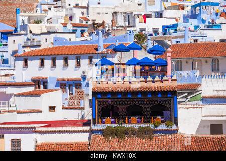 Antenne de Chefchaouen vue panoramique. Chefchaouen est une ville dans le nord-ouest du Maroc. Chefchaouen est connue Banque D'Images