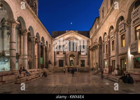 Péristyle, le palais de Dioclétien, Split, Croatie Banque D'Images