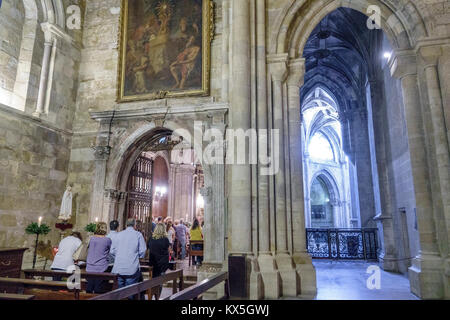 Portugal Lisbonne centre historique center Largo da Se Santa Maria Maior de Lisboa Cathédrale Patriarcale de l'Église Banque D'Images