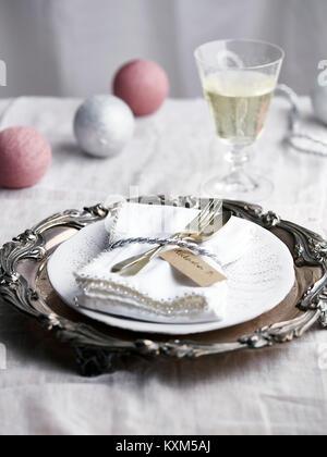 Lieu de Noël, avec un verre de champagne