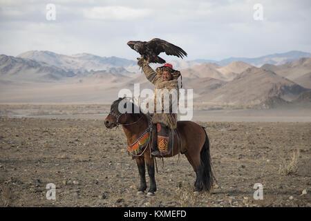Golden Eagle hunter festival eagle kazakhs Bayan Ulgii Ölgii Banque D'Images