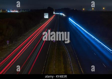 Les sentiers de la lumière de l'A189 Banque D'Images