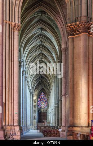 France, Marne (51), Reims, cathédrale Notre-Dame de Reims, classée patrimoine mondial de l'UNESCO, collatéral nord // France, Marne, Reims, Notre Dame