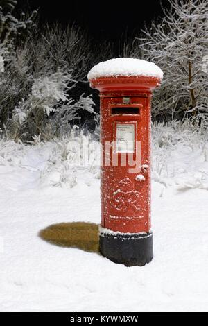Glasgow, Ecosse, Royaume-Uni. 16 janvier, 2018. Une grande partie de l'Écosse a connu des conditions difficiles Banque D'Images