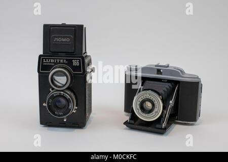 Vintage Kershaw 110 et Lubitel 166 appareils moyen format Banque D'Images