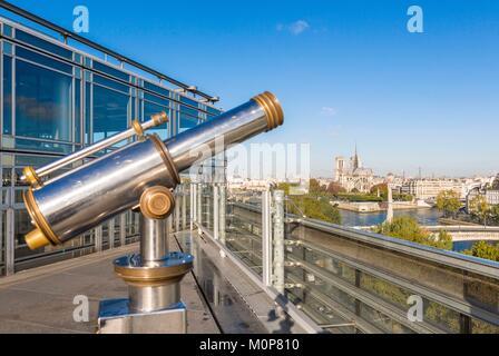 France, Paris, Institut du Monde Arabe (IMA), conçu par les architectes Jean Nouvel et Architecture-Studio,le toit Banque D'Images
