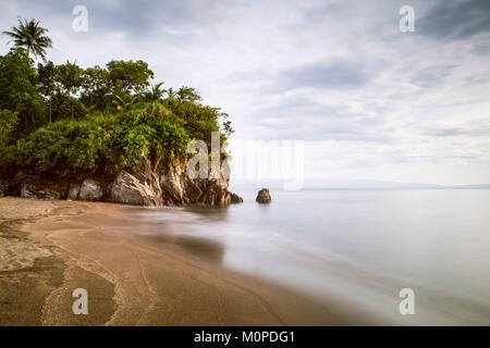 Luzon aux Philippines, la Province d'Albay, Matalibong,plage,Tiwi