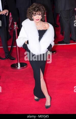 Londres, Royaume-Uni, 26 octobre 2015, Joan Collins assiste à la première mondiale de 'Stinger' au Royal Albert Banque D'Images