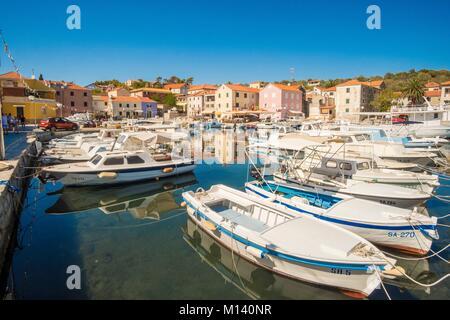 La Croatie, Dalmatie du Nord, de la côte dalmate, archipel de Zadar, l'île de Dugi Otok Sali, village Banque D'Images
