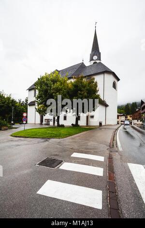 L'église et de bâtiments à Cortina d'Ampezzo Banque D'Images