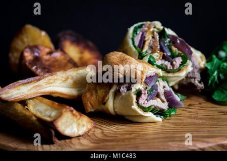 Sandwiches roulés Yorkshire pudding Banque D'Images
