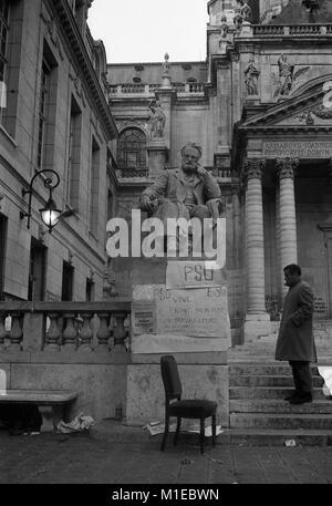 Philippe Gras / Le Pictorium - Mai 68 - 1968 - France / Ile-de-France (région) / Paris - Rassemblement à la Sorbonne, Banque D'Images
