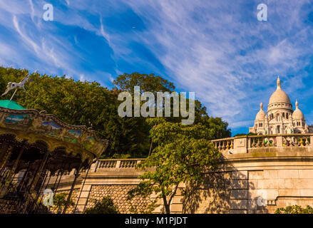 Architectural extérieur couleur image de la basilique du Sacré Coeur, Paris, France, prises sur une journée ensoleillée Banque D'Images