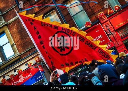Chinatown Londres défilé du Nouvel an chinois lanterne rouge Banque D'Images