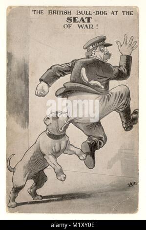 """Carte postale patriotique WW1 'The British Bulldog au siège de la guerre"""", l'officier allemand l'Allemagne a écrit sur la bande de son capuchon. Royaume-uni vers 1914 - 1918"""