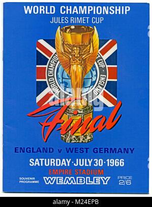 Programme de football: Finale de la Coupe du Monde 1966, l'Angleterre v l'Allemagne de l'Ouest, 30 juillet 1966. Banque D'Images