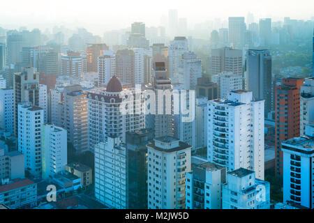Vue panoramique des immeubles d'habitation à Sao Paulo, Brésil, Amérique du Sud Banque D'Images