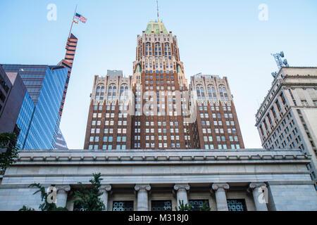 Baltimore Maryland Bank of America 1924 gratte-ciel bâtiment Art déco de l'immobilier commercial Renaissance Maya Banque D'Images