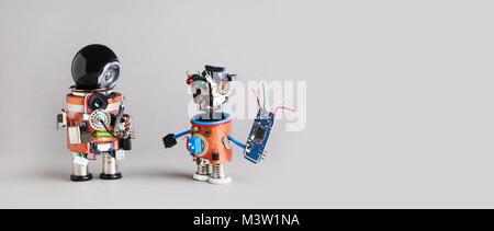 4.0 L'industrie de l'entretien réparation service concept. Design créatif bricoleur robotique des caractères sur Banque D'Images