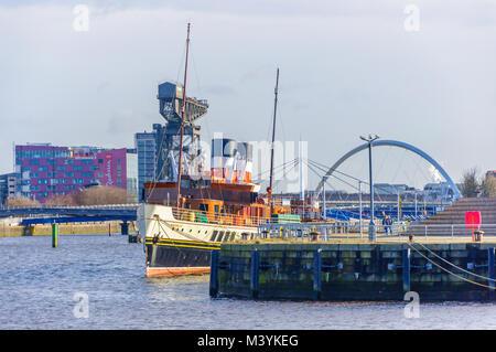 Glasgow, Ecosse, Royaume-Uni. 13 Février, 2018. Météo britannique. Sunshine de Glasgow avec le PS à vapeur Waverley Banque D'Images