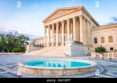 Bâtiment de la Cour suprême des Etats-Unis à Washington DC, USA. Banque D'Images