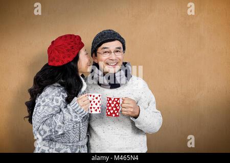 Image composite de l'older asian couple having breuvages Banque D'Images