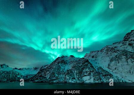 Northern Lights à îles Lofoten Banque D'Images