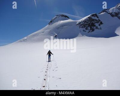 L'alpinisme dans les alpes Banque D'Images