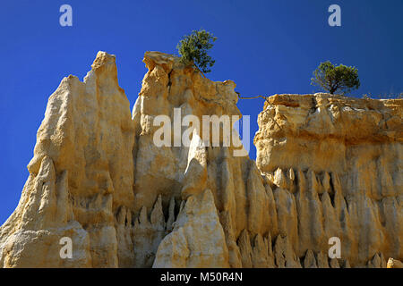 Les Orgues, piliers de grès érodé par l'eau et le vent,Ille-sur-Têt, Pyrénées-Orientales, Occitanie, France Banque D'Images
