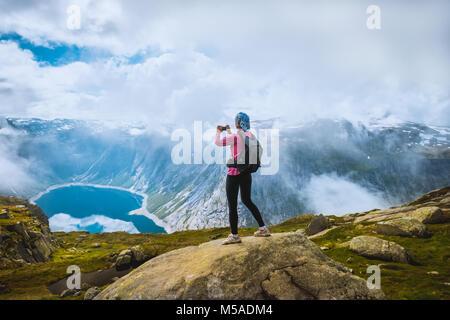 Photographe Nature lac touristique près de la Norvège Banque D'Images