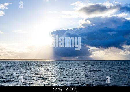 L'Allemagne, de Mecklembourg-Poméranie occidentale, Prerow, mer Baltique, nuages et soleil