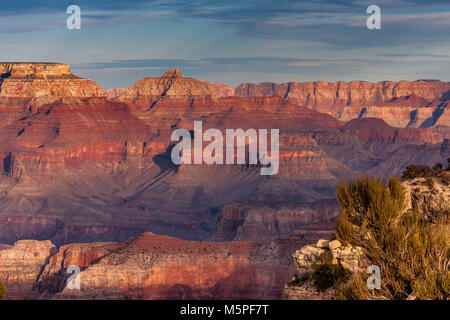 Coucher du soleil au Grand Canyon, près de Mather Point Arizona , USA Banque D'Images