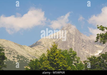 Pic Lomnicky avec de Hautes Tatras Slovaquie Observatoire