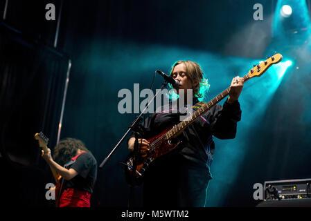 Barcelone - SEP 22: Girlpool (band) produisent en concert au Festival Bam le 22 septembre 2017 à Barcelone, Espagne. Banque D'Images