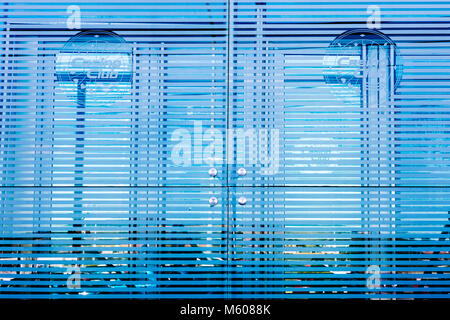 Abstract pattern créé en vitrines réflexions Banque D'Images