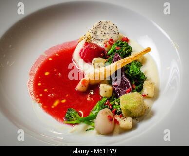 Fine Dining Restaurant Oberstdorf en Bavière, Maximilinas Guide Michelin dîner chef Tobias Eisele Banque D'Images