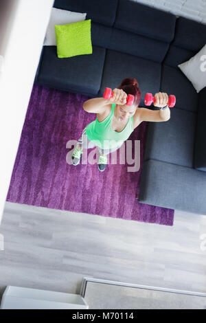 Hobby et Sport pour femme âgée de l'exercice et l'exercice Banque D'Images