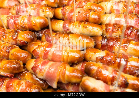 Les porcs dans des couvertures Banque D'Images