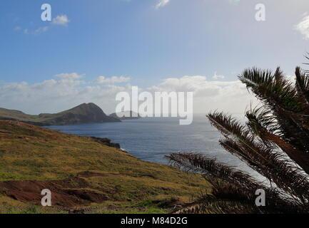 Littoral près de Ponta do Castelo sur l'île portugaise de Madère Banque D'Images