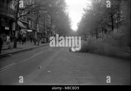 Philippe Gras / Le Pictorium - Mai 68 - 1968 - France / Ile-de-France (région) / Paris - Boulevard Saint Michel Banque D'Images