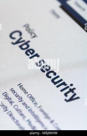 Capture d'écran de l'ordinateur affichant les informations à propos de la cybersécurité sur gov.uk website Banque D'Images