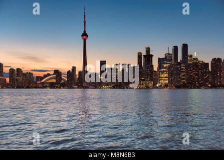 Le centre-ville de Toronto Skyline at night