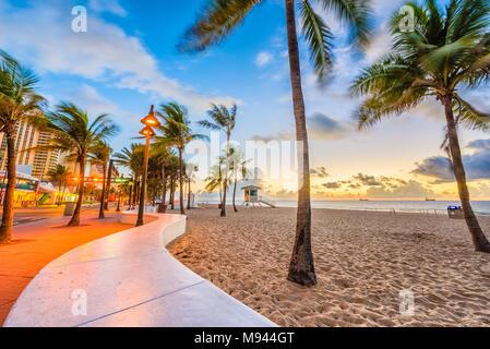 Ft. Lauderdale Beach, Florida, USA à Las Olas Blvd. Banque D'Images