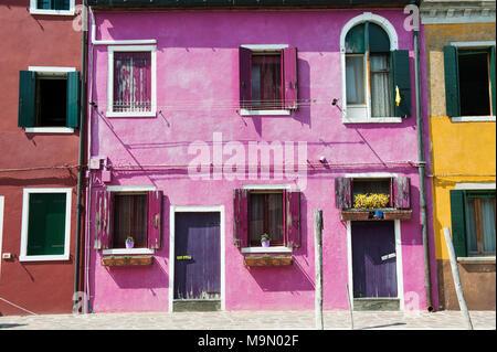 Chambre mauve dans l'île de Murano près de Venise, Italie, Europe Banque D'Images