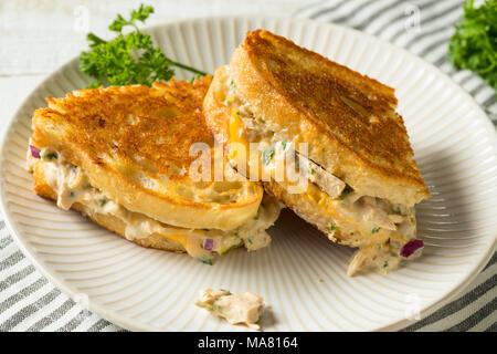 Thon grillé maison Sandwich Fonte prêt à manger
