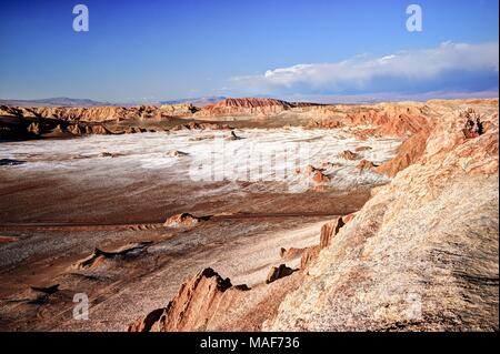 Paysage désertique et sec dans le nord du Chili, Atacama