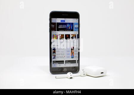 64f07d9d85f ... Apple iPhone 7 Plus et sans fil Apple AirPods la combinaison parfaite  pour votre musique en