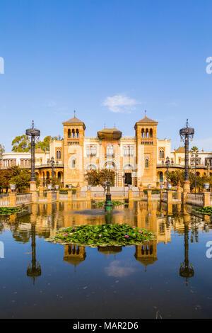 Musée des Arts et Traditions Populaires dans le parc Maria Luisa, Séville, Andalousie, Espagne, Europe Banque D'Images