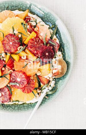 Une bonne salade de betteraves aux agrumes Banque D'Images